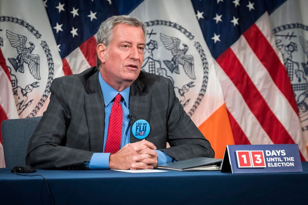 NY Mayor Assures Action Against Officers Chanting Trump 2020