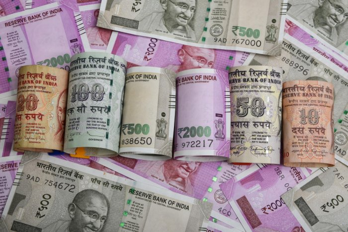 India's economy  contracts by 7.5 per cent
