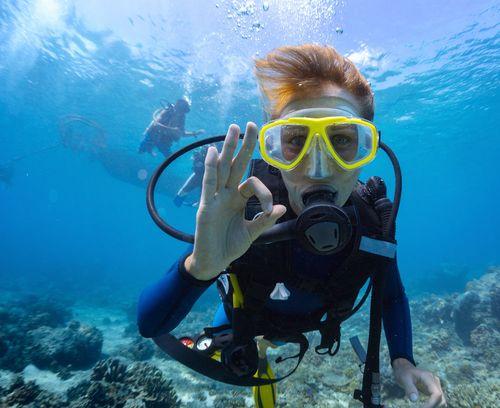 Egyptian Diver breaks World Record