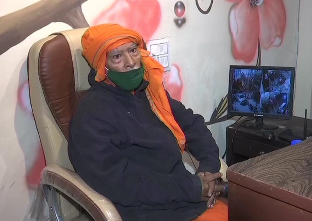 Baba Ka Dhaba owner